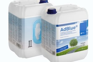 10 litre canister AdBlue® with flexible nozzle