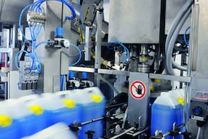 Filling line with cans