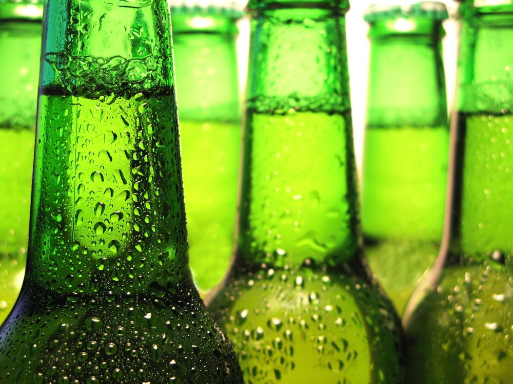 Grüne Glasflaschen