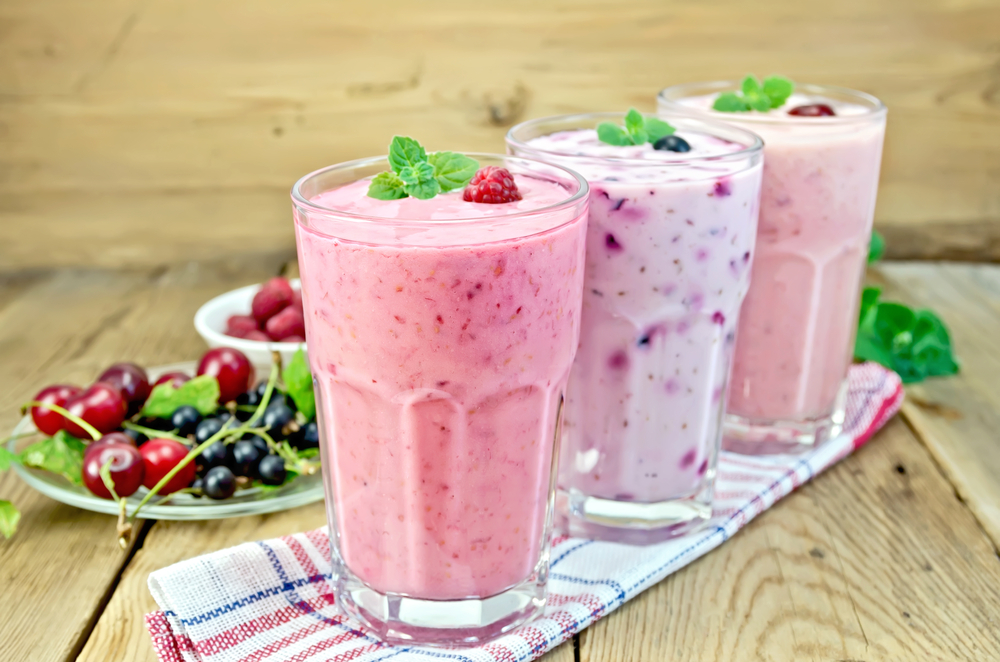 Milkshakes with fruits