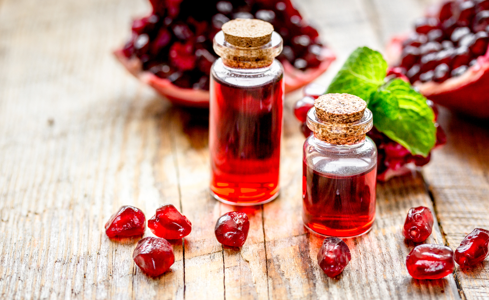 pomegranate and extract